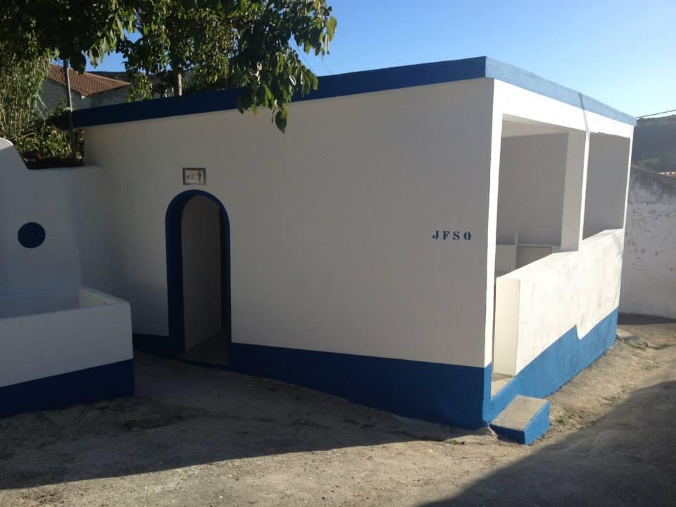WCs e lavadouros em Sabugos