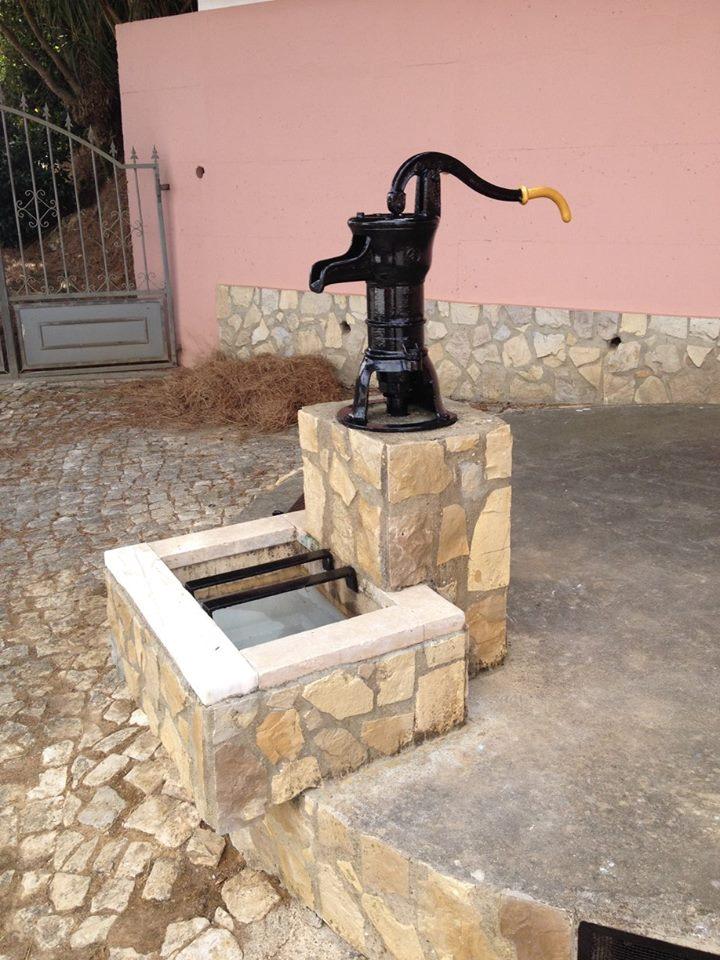 bomba de agua em Zibreira de Fetais