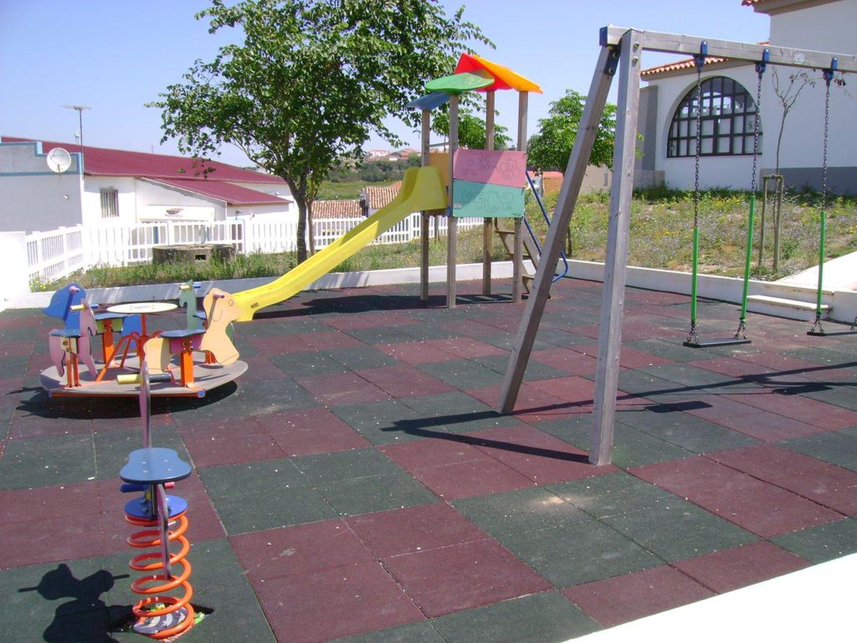 parque infantil almargem