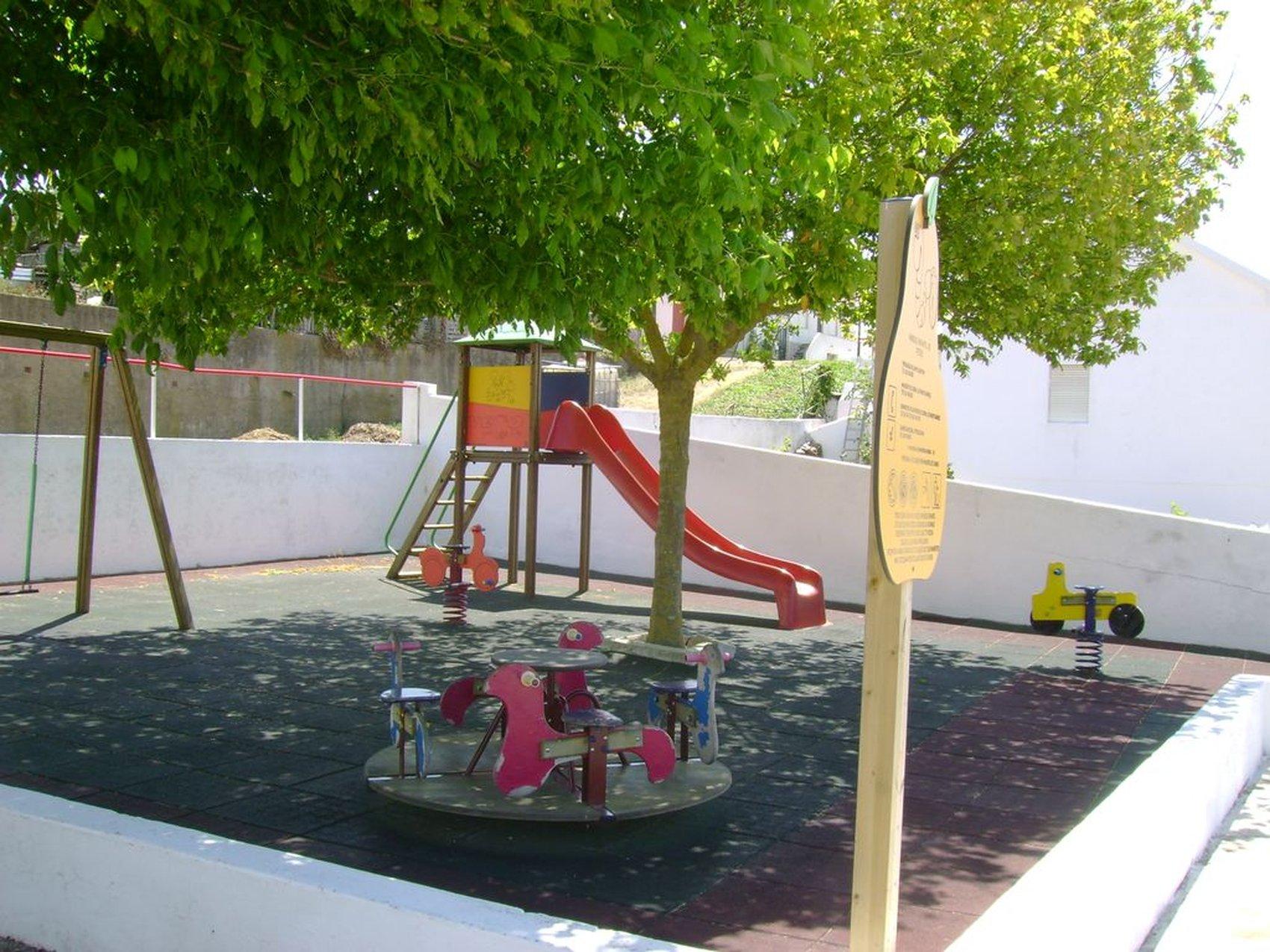 parque infantil fetais1